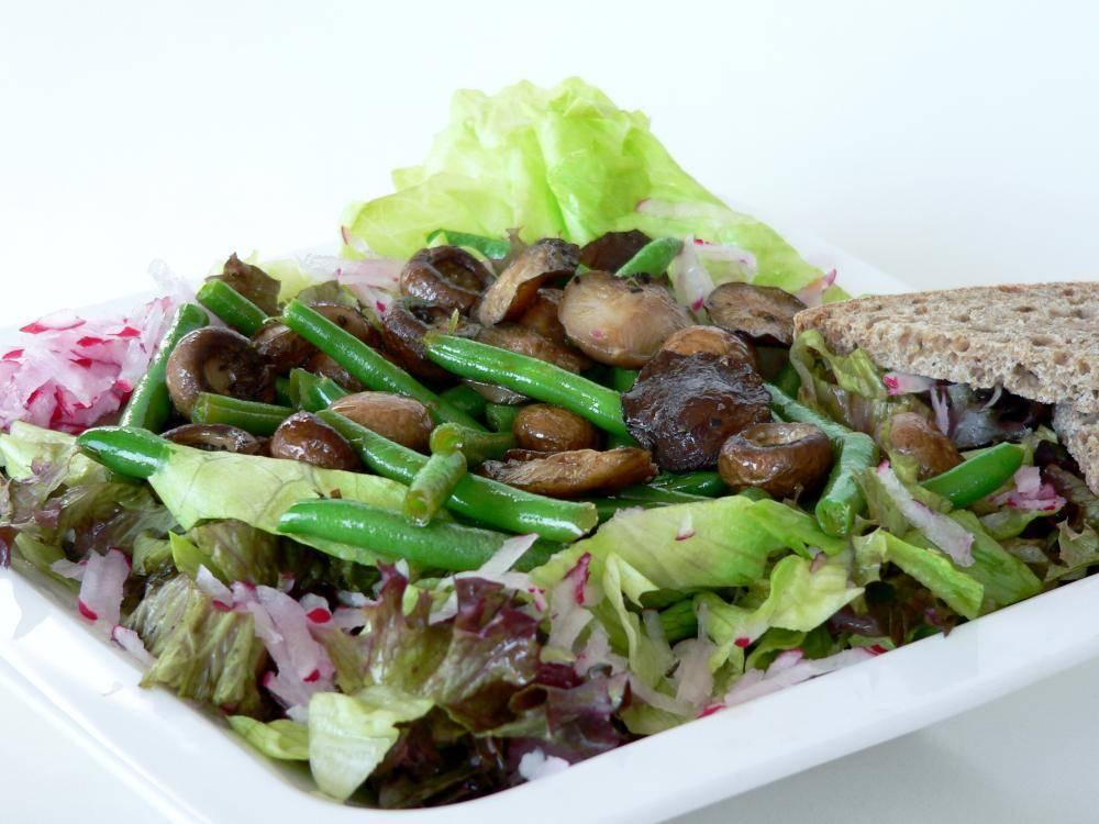Houbový salát
