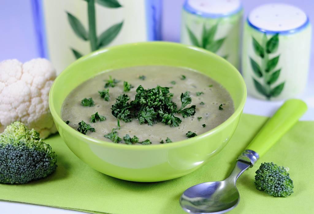 Brokolicovo-květáková polévka
