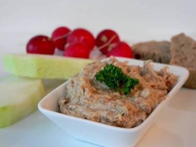 Mandlový humus