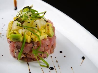 Tatarák z tuňáka s avokádem