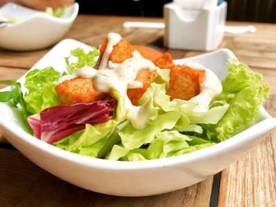 Salát s lososem