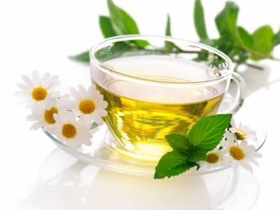 Heřmánkový čaj s mátou