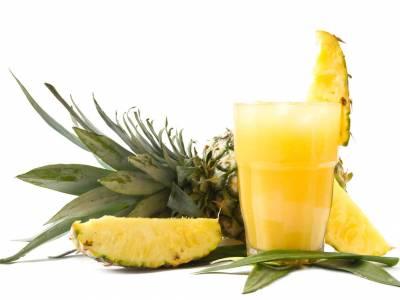 Ananasový fresh s kokosem