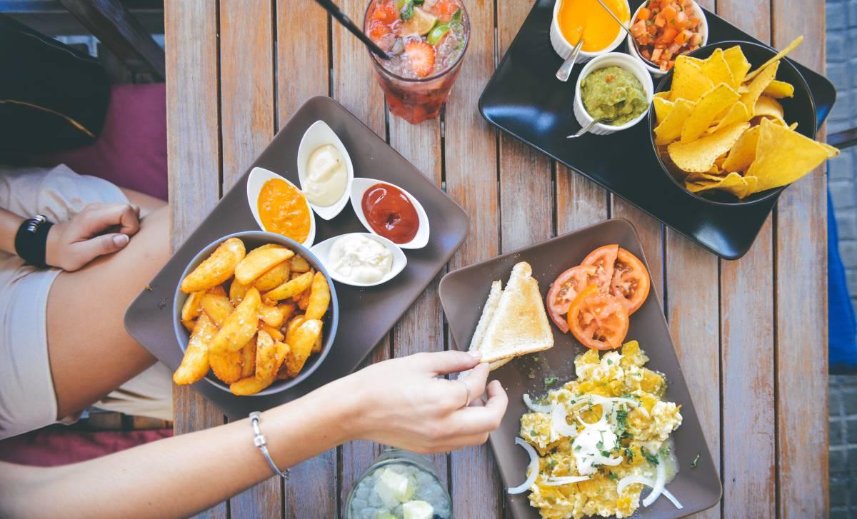 Vysokosacharidová vs. nízkosacharidová dieta